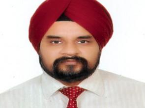C.A. Amrit Mohan Singh Makkar